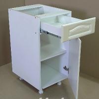 Стол рабочий с 1-м ящиком одностворчатый